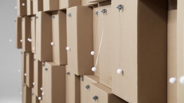 zimoun_80_prepared_dc_motors_cotton_balls_cardboard_boxes_4